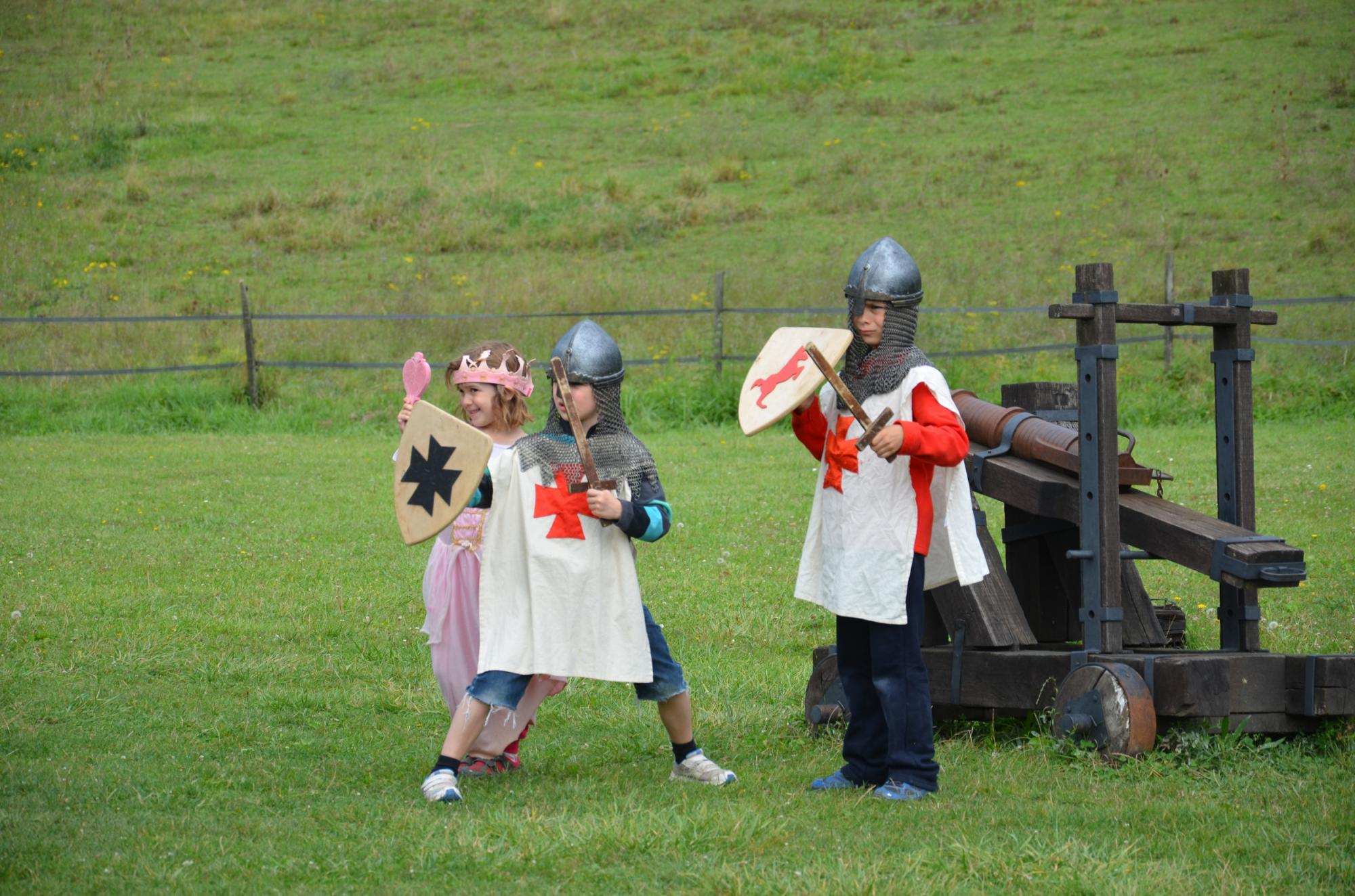 A visit in costume in the fortified castle and medieval theme park in Charente Maritime